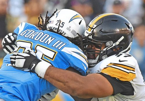 Steelers' offense and defense complement each other in big way vs. Chargers