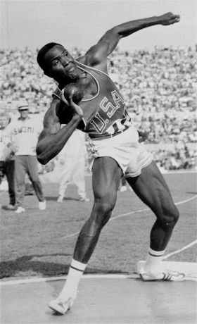 Rafer Johnson, Olympic Decathlon Champion Who Helped Subdue Robert Kennedy's Assassin, Dies at 86