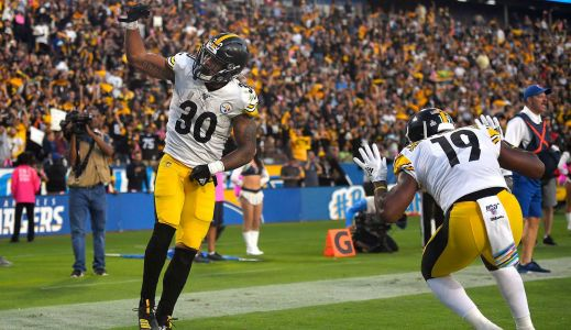 Steelers put James Conner on reserve/COVID-19 list