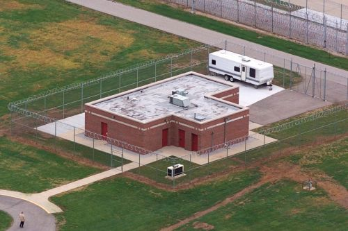 First federal execution in 17 years back on track