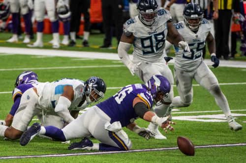 Titans, Vikings suspend in-person activities after multiple positive COVID-19 tests