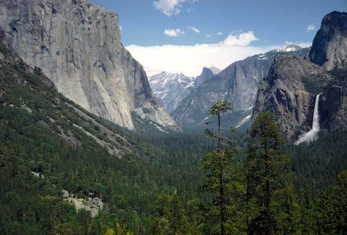 Yosemite climbers face new obstacle: overnight permits
