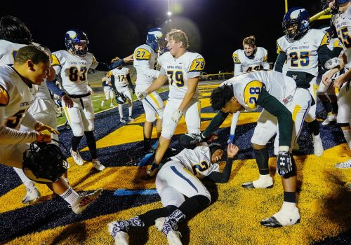WPIAL football playoffs: Central Catholic holds Mt. Lebanon to negative yards in easy win