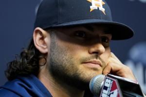 Houston's McCullers looking for ways to help despite injury