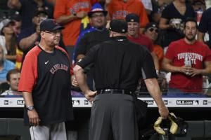 Indians manager Francona sent home with head cold