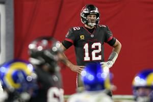 Bucs' playoff prospects take a hit with 27-24 loss to Rams