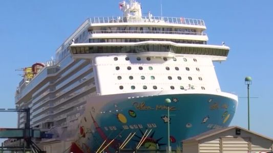 Federal court lifts CDC pandemic restrictions for Florida-based cruise ships