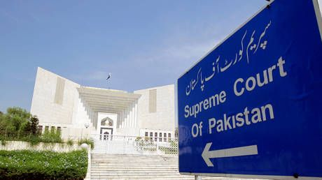 Pakistan's Supreme Court rejects Musharraf appeal to have treason conviction tossed, says must surrender first