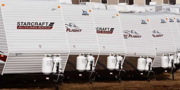 RV sales are plummeting, which could mean a recession is on its way - and President Trump's trade war isn't helping the struggling industry