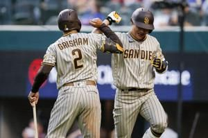 Padres follow up 1st no-no with 7-4 victory over Rangers