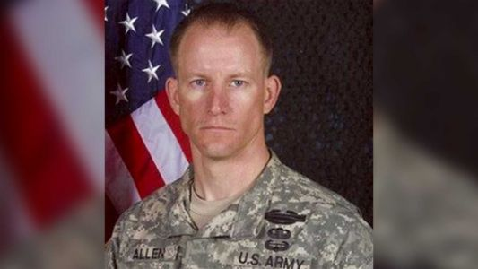 Mark Allen, soldier injured in 2009 search for Bowe Bergdahl, dies