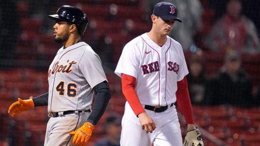 Red Sox force extra innings against Tigers, but fall short of win