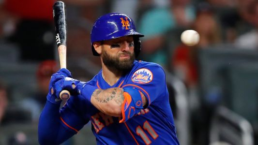 Mets' Kevin Pillar takes 94 mph fastball to the face, leaves game vs. Braves