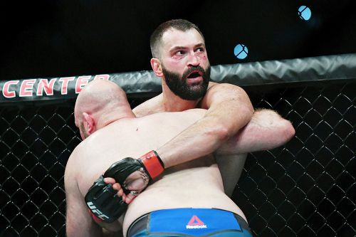 UFC on ESPN 4 results: Andrei Arlovski decisions Ben Rothwell, sets UFC heavyweight win record