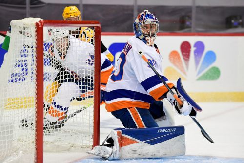 Ilya Sorokin delivers for Islanders with Semyon Varlamov not yet ready