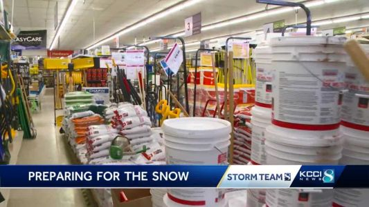 Stores stock up ahead of heavy snowfall expected Monday