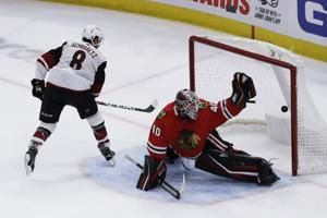 Coyotes rally for 4-3 shootout win over Blackhawks