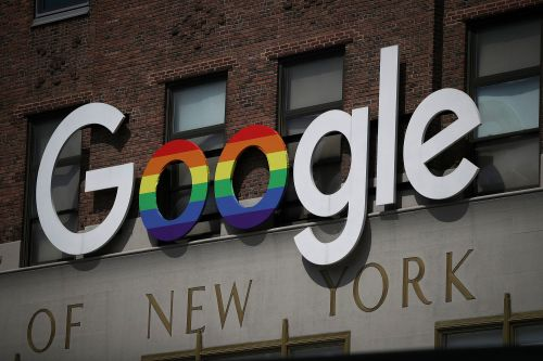 Google reaches agreement to pay French publishers for content