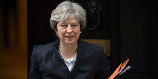 Theresa May's Cabinet have backed her Brexit deal amid reports of an imminent leadership challenge