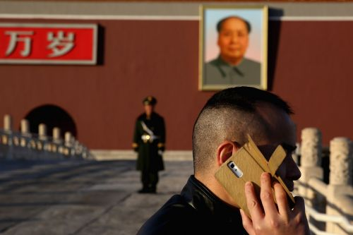 THE TECH COLD WAR: Everything that's happened in the new China-US tech conflict involving Google, Huawei, Apple, and Trump