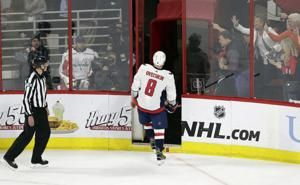 Nixed goal, rough 3rd period frustrate Ovechkin, Capitals
