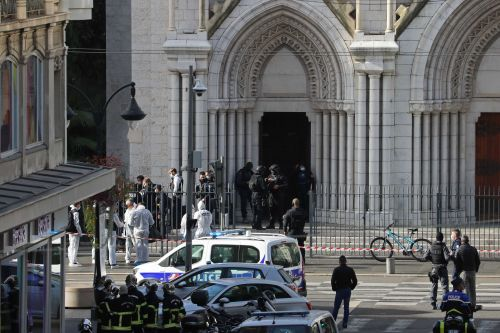 2 dead in knife attack in French church; terrorism suspected