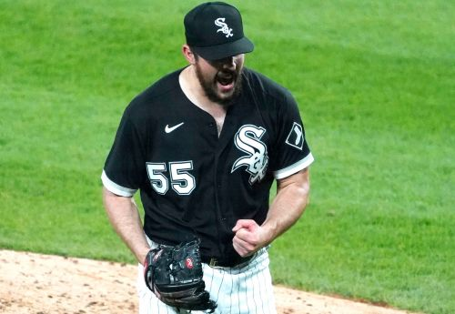 Carlos Rodon loses perfect game in heartbreaker, salvages no-hitter
