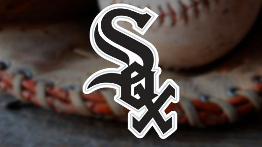 White Sox fall to Indians in 10