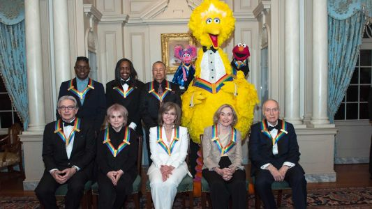 Ronstadt, `Sesame Street' receive Kennedy Center Honors