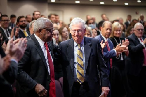 Mitch McConnell Praised Clarence Thomas' Anti-Abortion Stance Hours Before SCOTUS Upheld Texas Ban Again