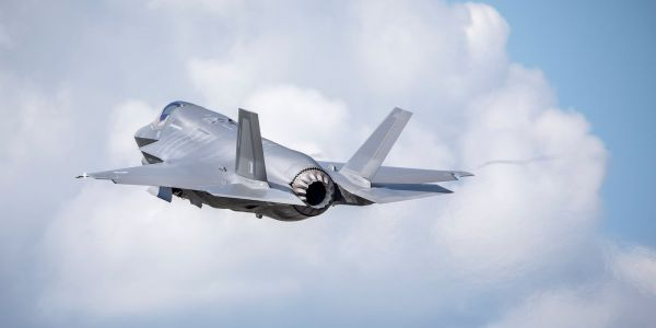 The British air force just sent its brand-new F-35Bs overseas for the first time - here's what their arrival looked like