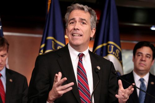 Conservative radio host Joe Walsh may run against Trump