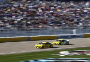 Joey Logano defends Las Vegas victory with another win