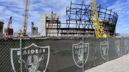 Raiders' move to Las Vegas: Why Oakland's NFL team is leaving for new stadium