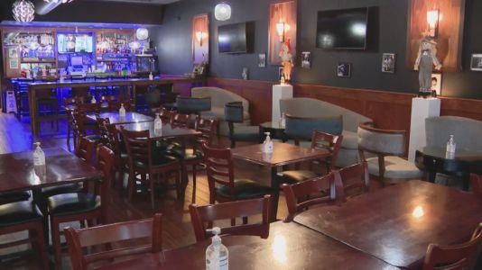 Chicago increases indoor capacity at bars, restaurants