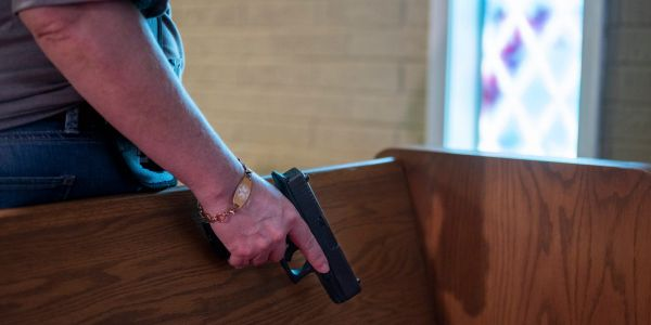 Amid calls for gun reform, Texas advanced a bill to allow open carry without a permit