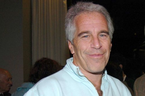 2 jail guards indicted in connection to Jeffrey Epstein's death