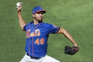 Mets ace deGrom awaiting MRI results
