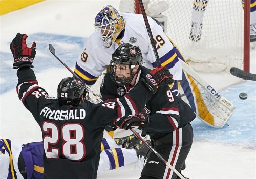St. Cloud State stuns Minnesota State with last-minute goal to advance in Frozen Four