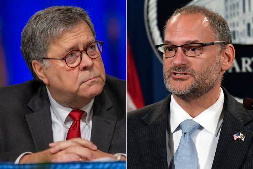William Barr replaces Bureau of Prisons head after Jeffrey Epstein suicide