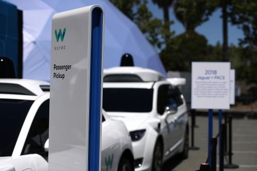 Self-driving taxi service Waymo rolls out perks to lure riders