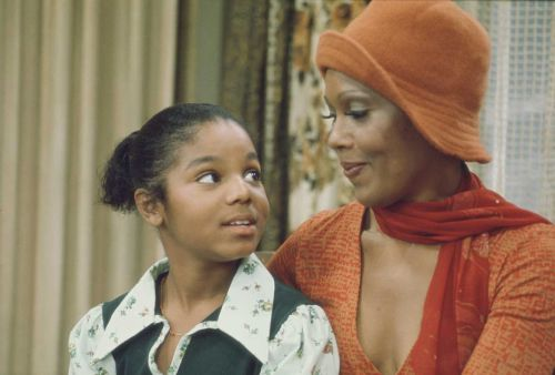 'Good Times' star Ja'Net DuBois dead at 74