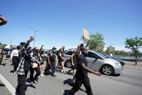 George Floyd protests shut down both of Manhattan's major highways