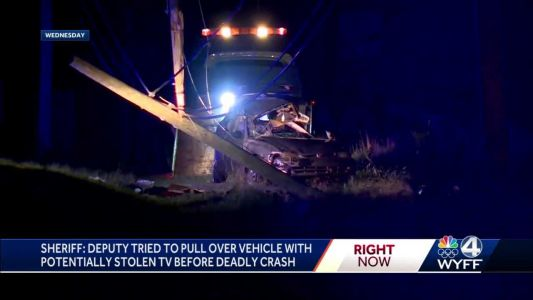 Shoplifting suspects spotted with TV on roof of car before chase, deadly crash, report says