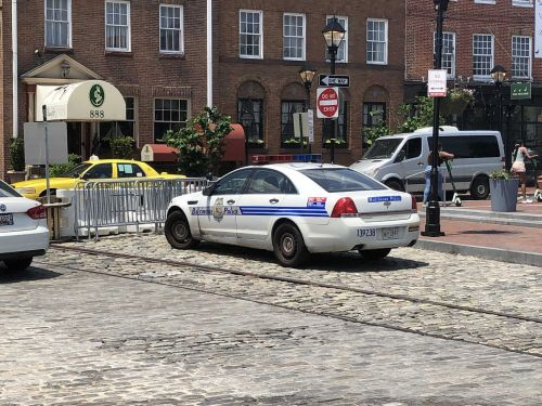 Fells Point business owners find progress after meeting with leaders on crime