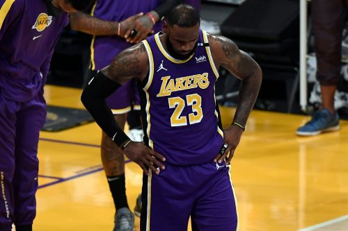 LeBron James injury update: Will Lakers superstar play in NBA play-in tournament?