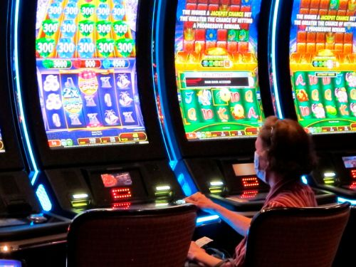 Chicago seeks developer to open city's first casino by 2025