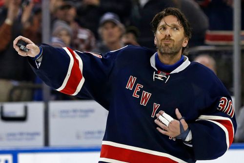 Henrik Lundqvist issues heartfelt farewell after Rangers buyout