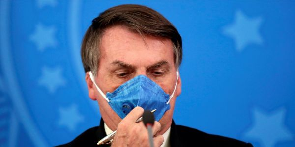 Brazilian President Jair Bolsonaro was with the US ambassador to Brazil just days before testing positive for COVID-19