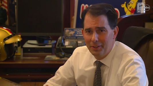 Gov. Walker on Baraboo students in 'Nazi salute' photo: 'They're idiots